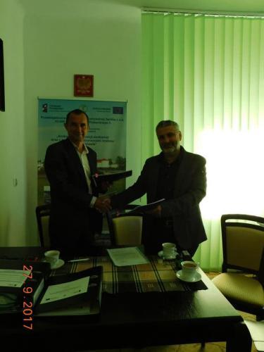 Podpisanie umowy dla zadania I-2 guetzli