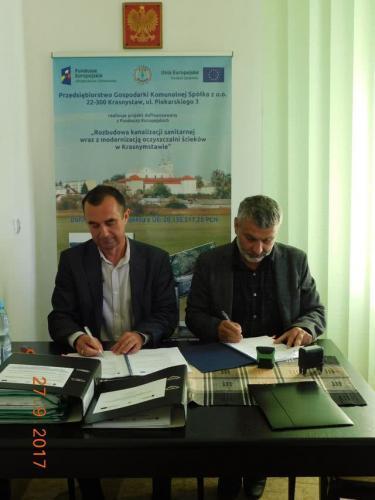 Podpisanie umowy dla zadania I guetzli